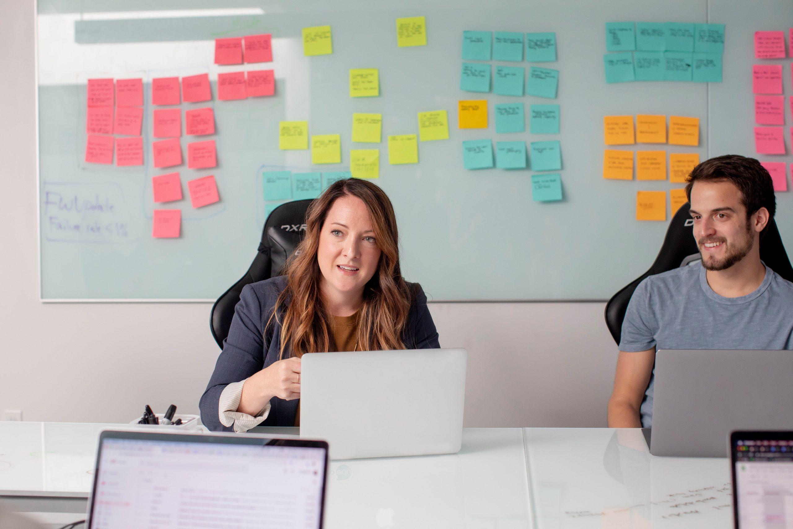Online-Schulungen einführen – so überzeugen Sie Ihre Mitarbeiter